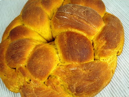 pumpkin-holiday-bread