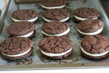choc-cookie-sandwiches-3